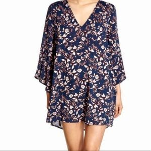 NWT Lush navy & wine floral dress size small